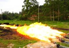 国产轻型火焰喷射器:小个子大威力